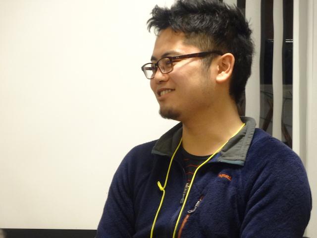 安田 健司 氏 (公益社団法人sweet treat 311/右腕OB) 千葉県出身。現在27歳。在学中に災害ボランティアとして雄勝町で活動。現地のこどもたちの力になりたいという想いからETIC.他 2つのNPOでのインターンを経て2012年に右腕として参画。教育支援活動の企画・運営を行う。2013年からは、廃校を全国・世界のこどもたちの複合体験施設として改修するプロジェクトの事務局・コーディネーターも併任。 昨夏モリウミアスオープン後は自然の中での暮らしの体験プログラムの現地責任者を務める。現在、自身も漁師となるべく駆け出し修行中。