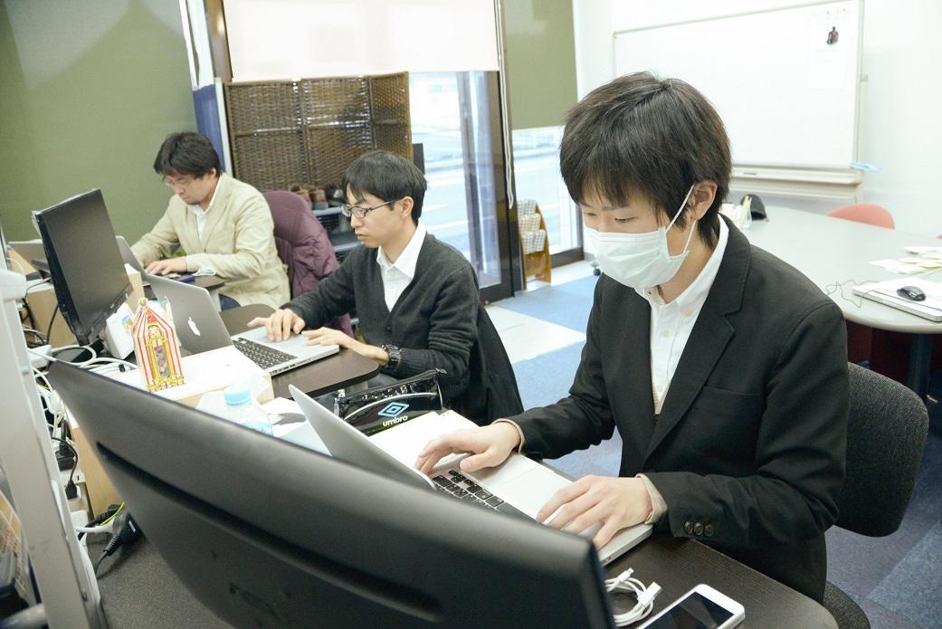 (南相馬ITコンソーシアムでは現在20代から40代のエンジニア6名が活躍している)